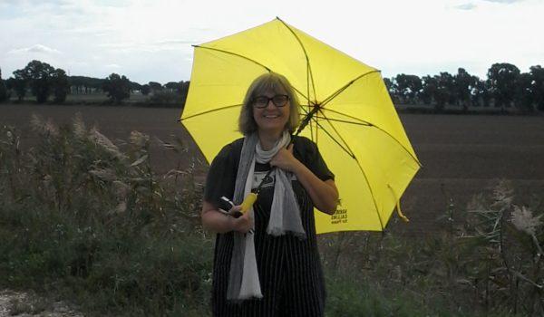NEL MONDO ACCANTO – Reportage di Carola Susani